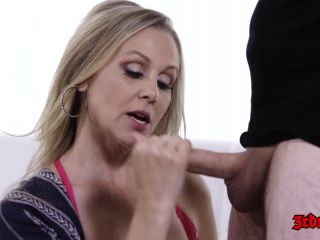 MILF Julia Ann Gets Fucked Hard On Couch  Released Jul 25, 2017-4