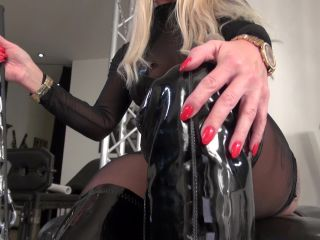 caleatoxic ill teach you how to be my boot slave (ManyVids)-7
