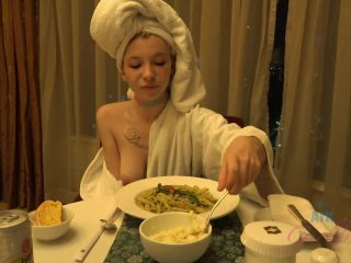 Kenzie Reeves (Virtual Vacation Malaysia 3/5)-5