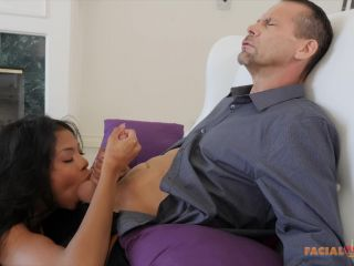 Nia Nacci (Teen Nia Nacci gets Creampie by Stepdad)-2