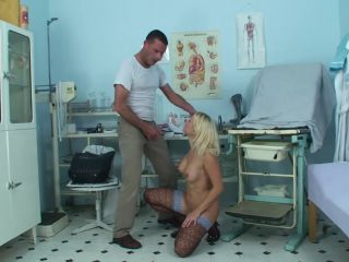 Examined blonde squirting hard-9