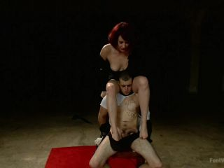 Hypnotizing Foot Worship with Maitresse Madeline (January 10, 2014)-8