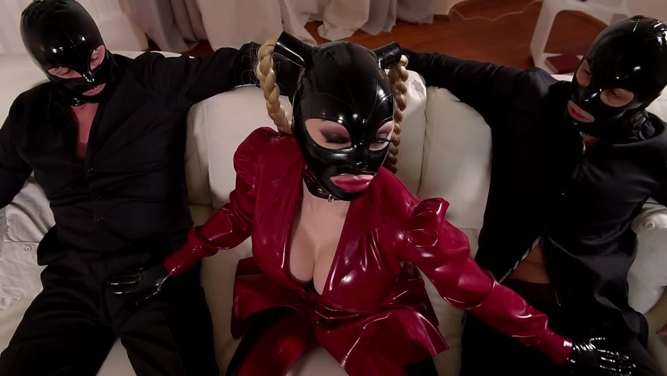 Naughty 3somes: Sex and Submission, Scene 2 - Latex Lucy