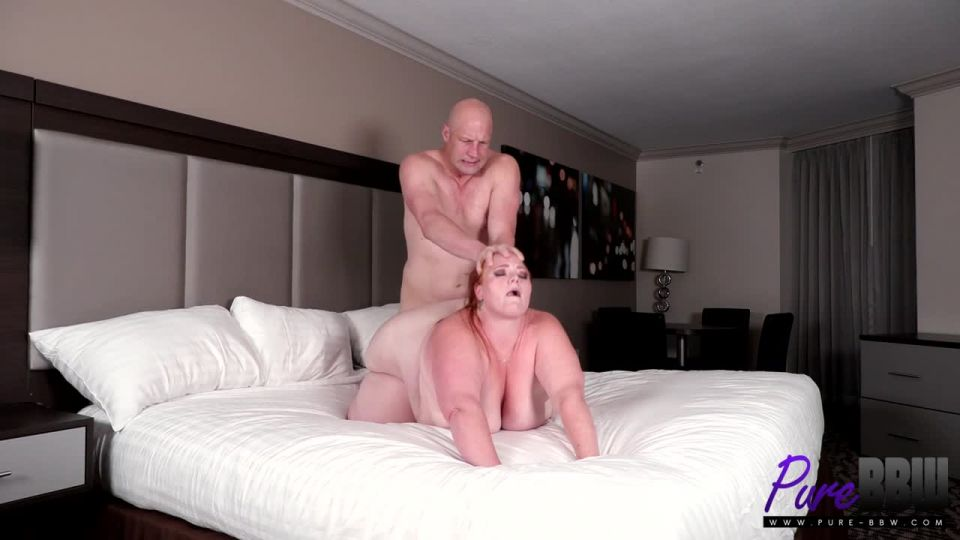 Febby Twigs, Julie Ginger - Cheating with a sexy SSBBW in Vegas - Pure-BBW (HD 2020)