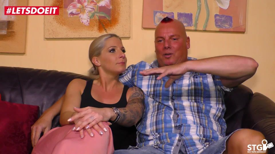 AMATEUR EURO - Busty amateur MILF Samy Fox has intense sex on the couch on her first sex tape ever
