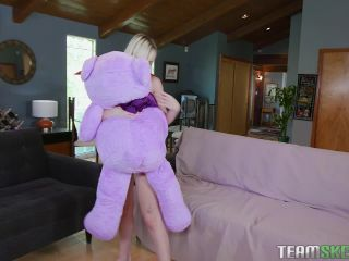 Natalia Queen - Tiny Play Time Pussy-1