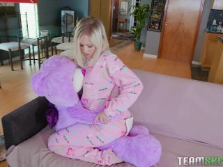 Natalia Queen - Tiny Play Time Pussy-5