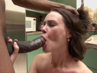 Desperate Mothers And Wives #13, Scene 1 - Veronica Snow-1