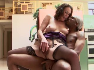 Desperate Mothers And Wives #13, Scene 1 - Veronica Snow-8